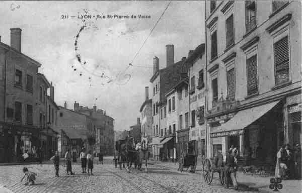 http://www.alyon.org/InfosLyon/photos/Lyon/rues/69385003.JPG
